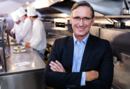 Kurs managera restauracji, czyli klucz do kariery w gastronomii